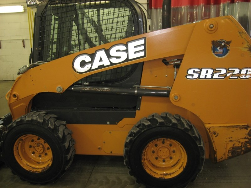 2014 Case SR220 Skid Steer For Sale