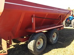 Manure Spreader-Dry/Pull Type For Sale 2005 BBI
