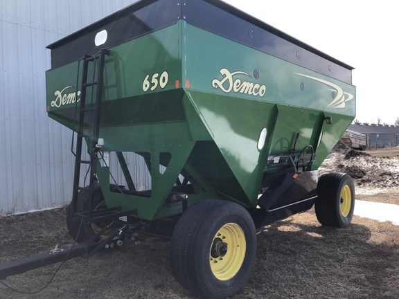 2013 Demco 650 Gravity Box For Sale