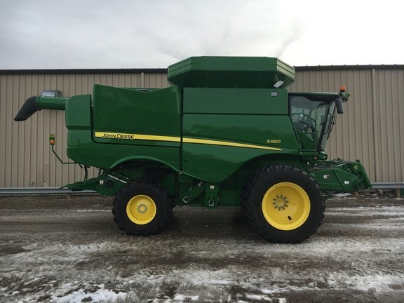 2017 John Deere S660 Combine For Sale