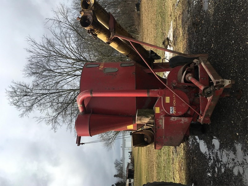 New Holland 354 Grinder Mixer For Sale