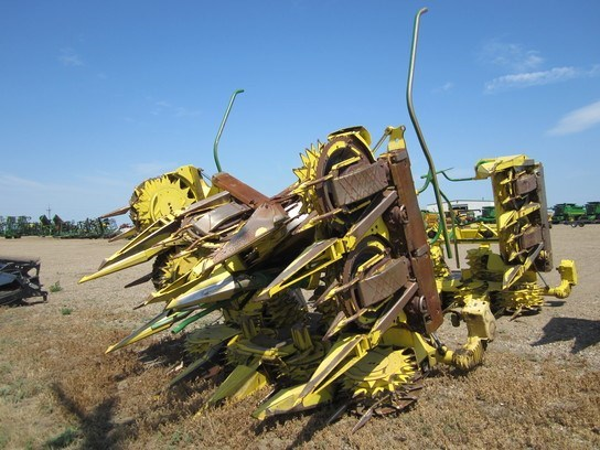 2004 John Deere 710 Forage Head-Rotary For Sale