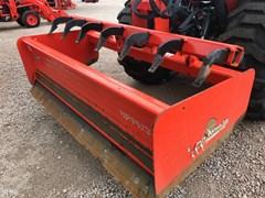 Scraper-Pull Type :  Land Pride HR2572
