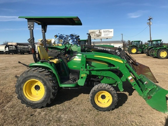 2013 John Deere 3720 Tractor For Sale