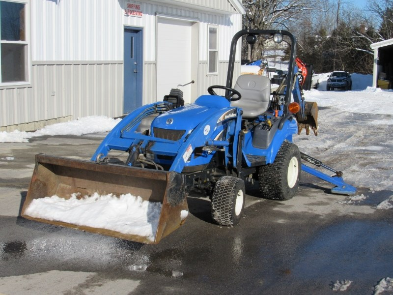 2007 New Holland TZ22DA Tractor For Sale