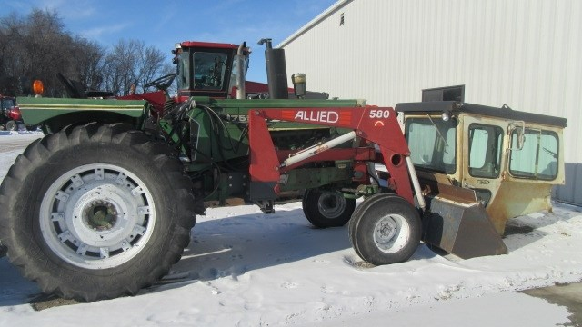 1973 Oliver 1755 Tractor For Sale