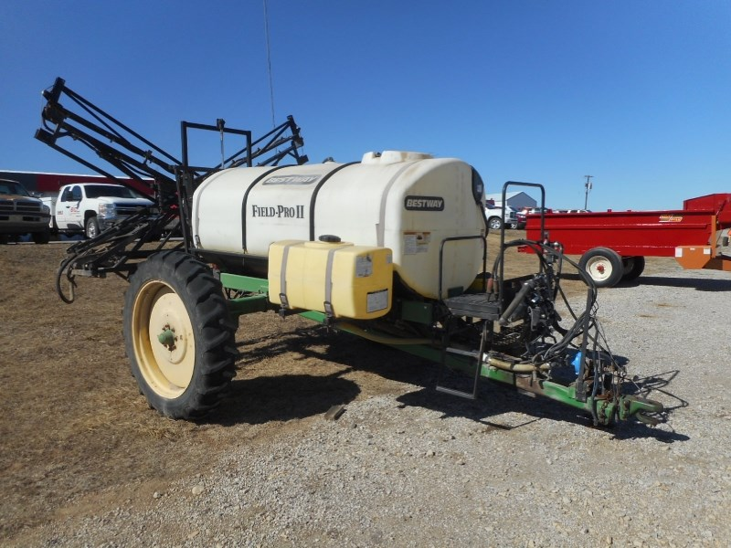 2002 Bestway Field Pro II-60 Sprayer-Pull Type For Sale