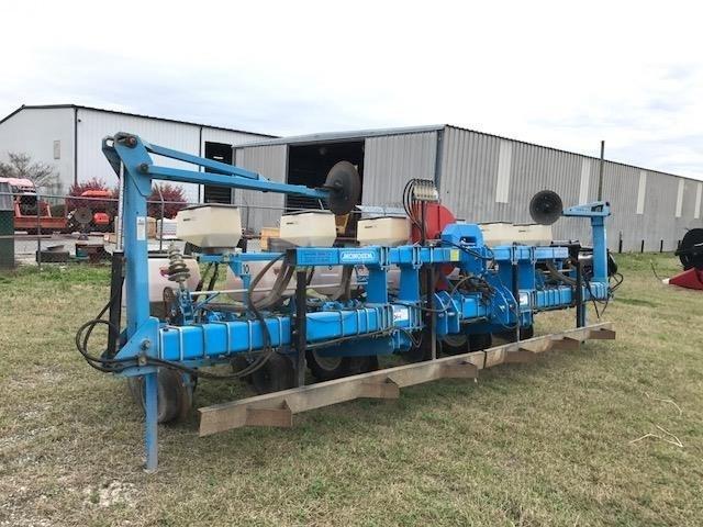 2012 Monosem NG PLUS 6x2 Planter For Sale