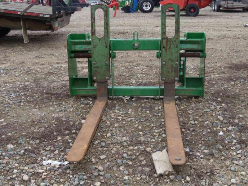 John Deere 600-700 Pallet Fork For Sale