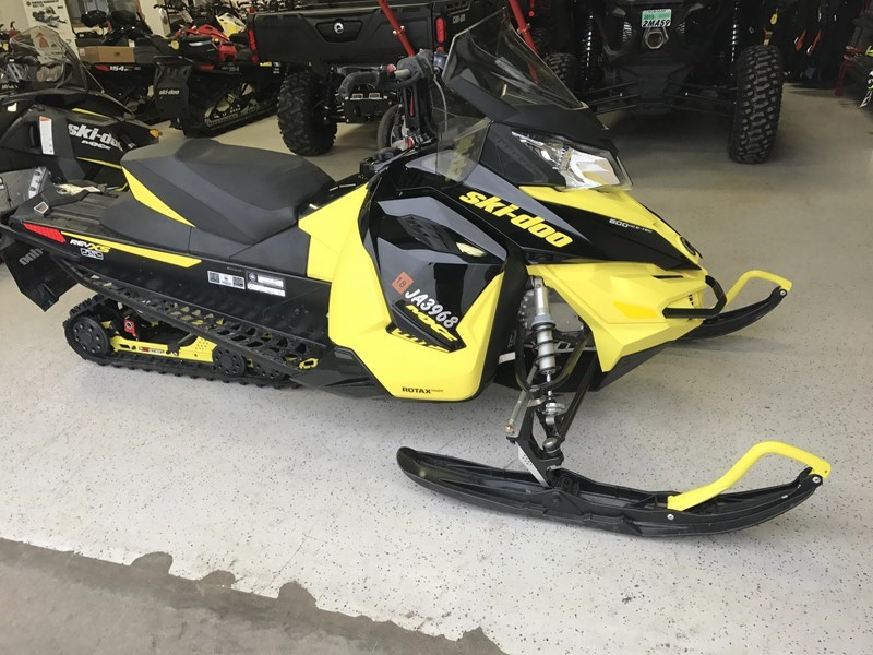 2016 Ski-Doo 2016 MXZ TNT 600E-TEC E.S. BLK/YEL Snowmobile For Sale