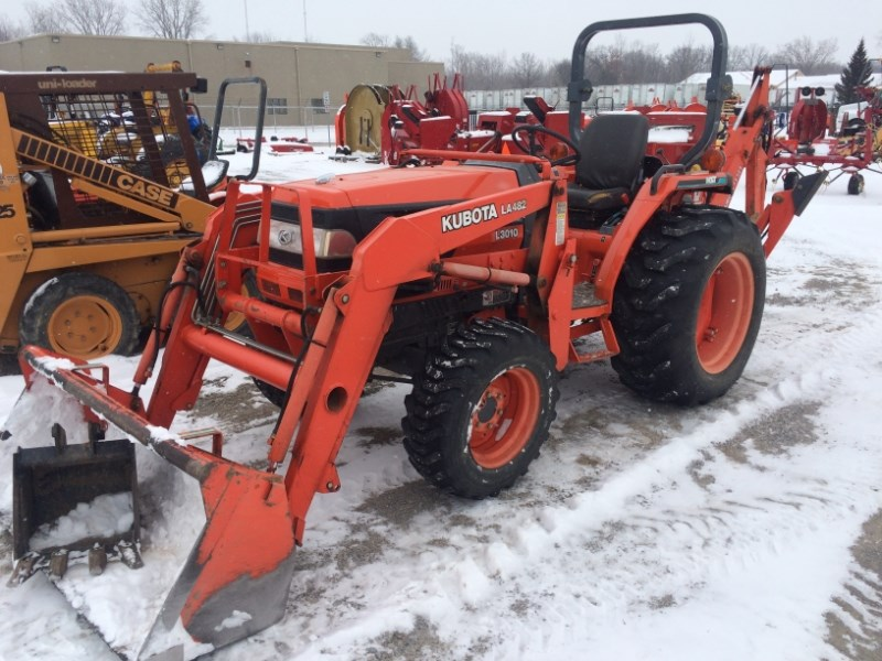 2001 Kubota L3010HST Tractor For Sale