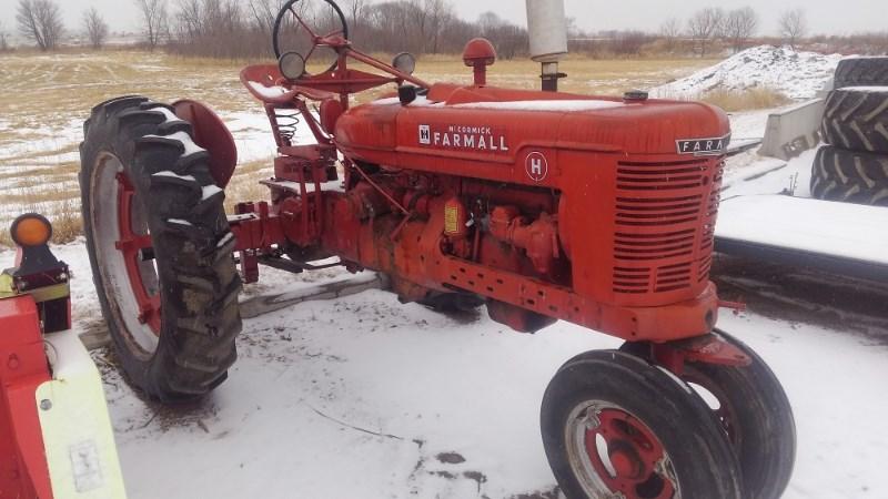 1940 Farmall H Tractor For Sale