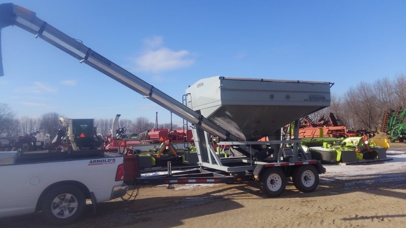 2009 Convey-All BTS290 Seed Tender For Sale