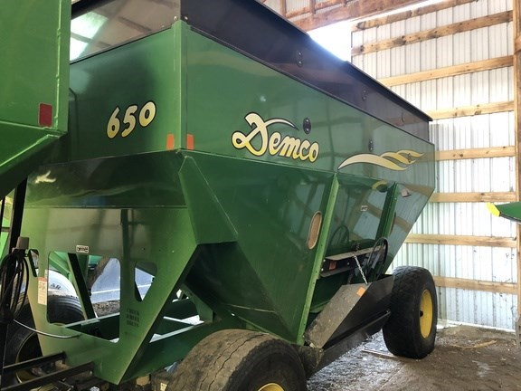 2008 Demco 650 Gravity Box For Sale