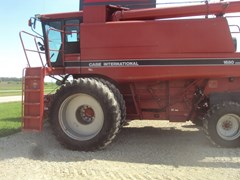 Combine For Sale 1990 Case IH 1680