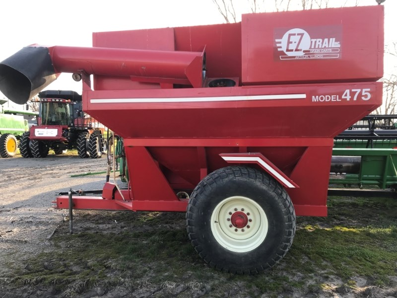 EZ Trail 475 Grain Cart For Sale