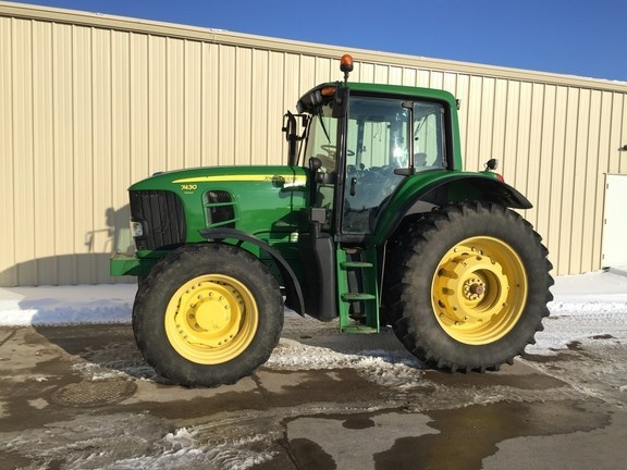2010 John Deere 7430 Premium Tractor For Sale