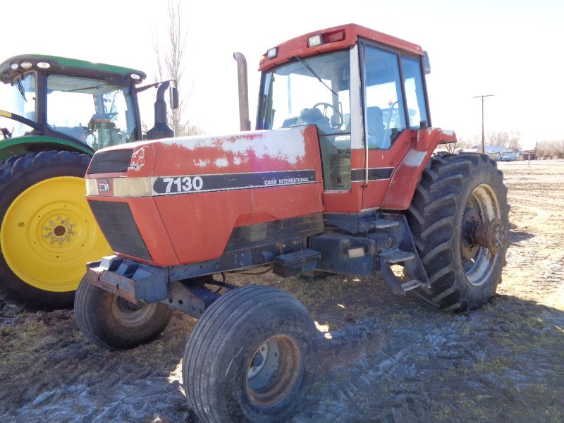 1989 Case IH 7130 Tractor For Sale