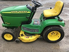 Riding Mower For Sale 1999 John Deere GT225 , 15 HP