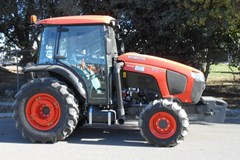 Tractor For Sale:  Kubota M5N-111HDC24 , 100 HP