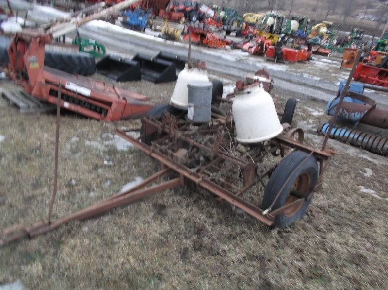 IH 249 Planter For Sale