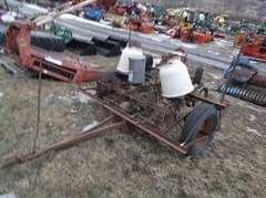 Planter For Sale IH 249