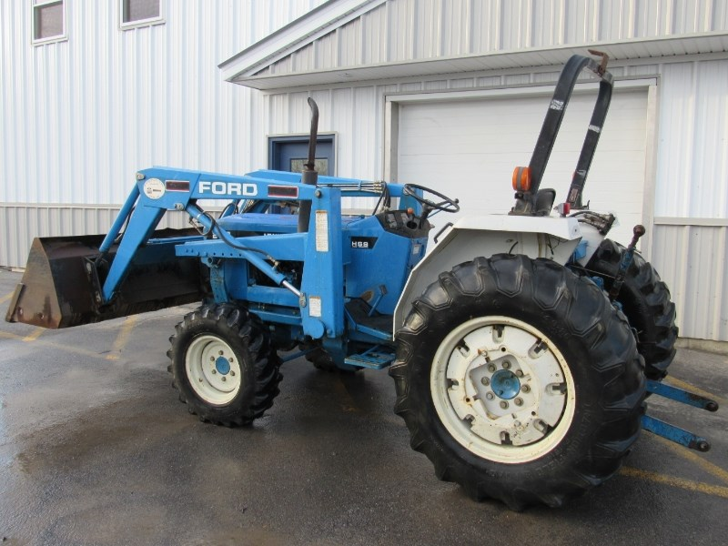 New Holland 2120 Tractor For Sale