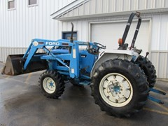 Tractor For Sale:   New Holland 2120 , 40 HP