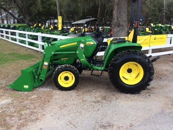 2016 John Deere 3025E Tractor For Sale