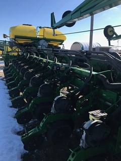 Planter For Sale:  2012 John Deere DB90