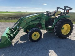 Tractor For Sale 2018 John Deere 4044R , 44 HP