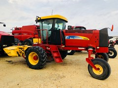 Windrower-Self Propelled For Sale:  2012 New Holland H8060 , 190 HP