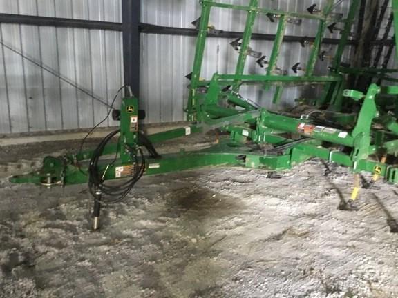 2015 John Deere 2210LL Field Cultivator For Sale