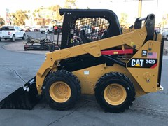 Skid Steer For Sale:  Caterpillar 242D