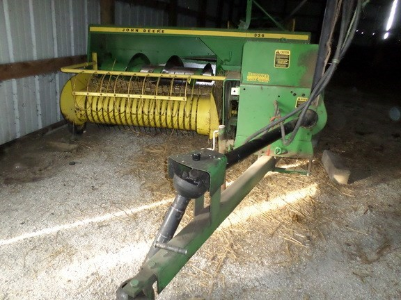 1980 John Deere 336 Baler-Square For Sale » John Deere