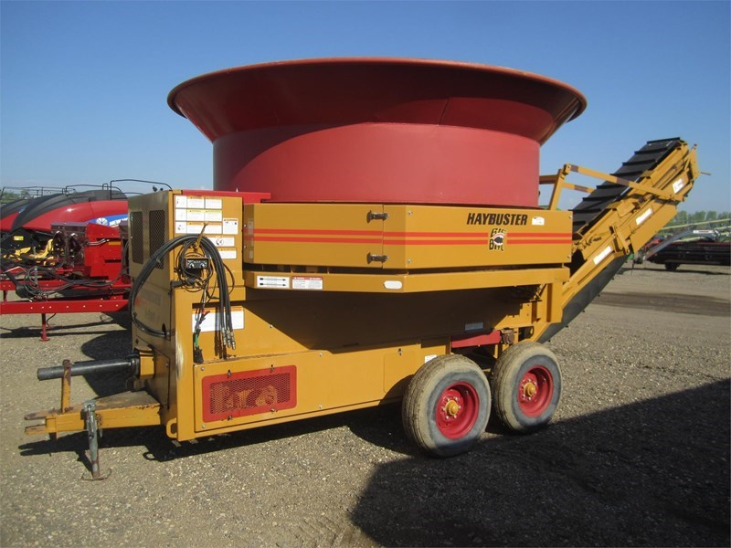 2005 Haybuster H1100 TILT II Bale Processor For Sale