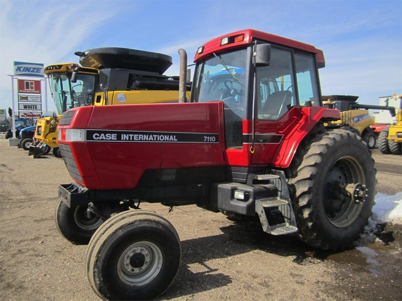 1989 Case IH 7110 Tractor For Sale