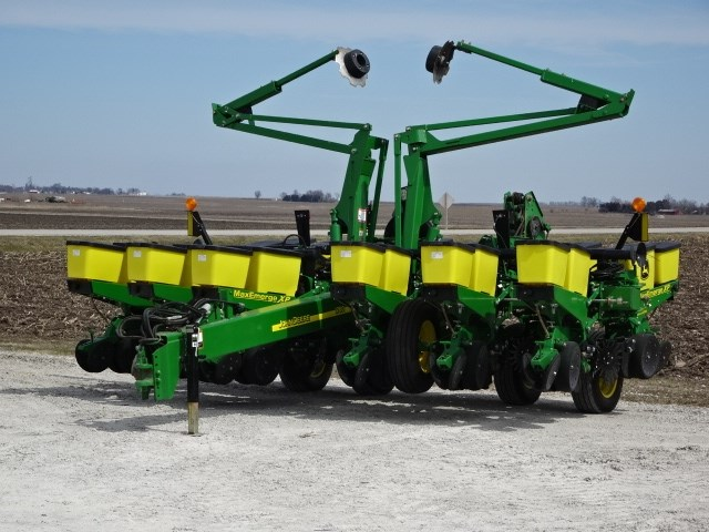 2014 John Deere 1760 Planter For Sale