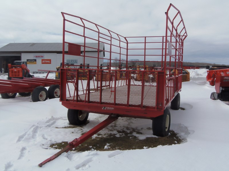 2015 EZ Trail 9x18 Bale Wagon-Pull Type For Sale
