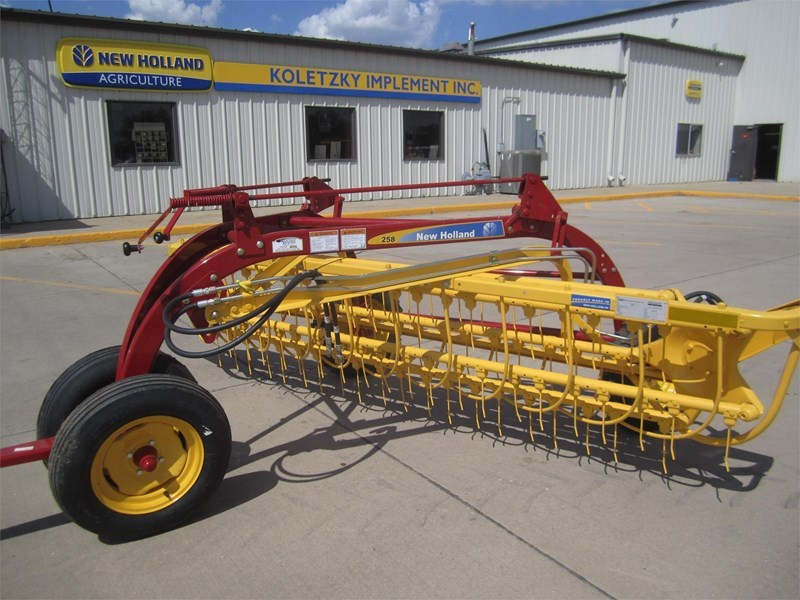 New Holland 258 Tedder For Sale