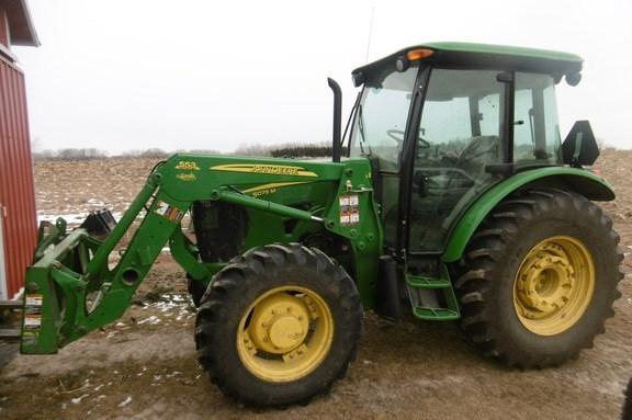 2011 John Deere 5075M Tractor For Sale