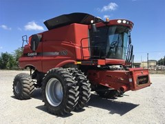 Combine For Sale 2011 Case IH 8120