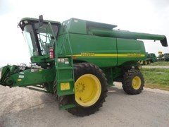 Combine For Sale:  2005 John Deere 9860 STS