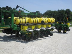 Planter For Sale 2001 John Deere 1770