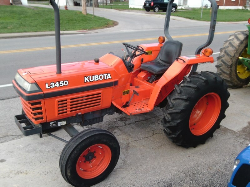1993 Kubota L3450 Tractor - Compact For Sale