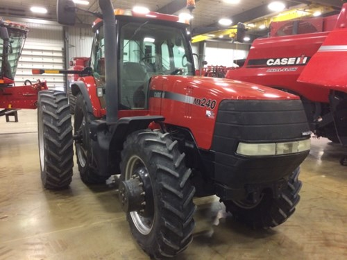 Tractor For Sale:  2002 Case IH MX240 , 240 HP