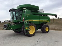 Combine For Sale 2007 John Deere 9760 STS