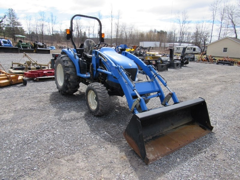 2005 New Holland TC40A Tractor For Sale