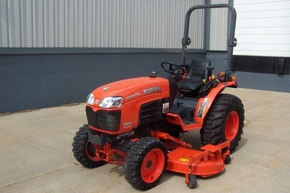 2007 Kubota B303HSD-F Tractor For Sale