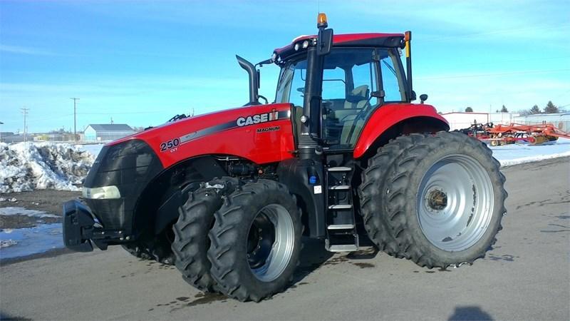 2015 Case IH MAGNUM 250 CVT Tractor For Sale